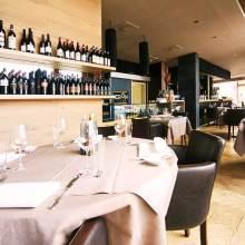 Restaurant Frankfurt Cron am Hafen Vinothek Aufmacher