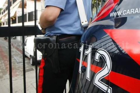 Picchia la madre per 20 euro, arrestato dai carabinieri
