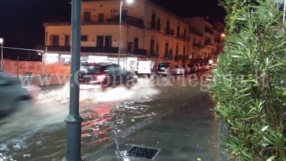 Via Napoli allagata (foto di Antonio Caso)