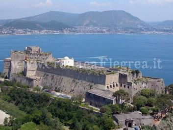 Castello-di-Baia.jpg_2007427194812_Castello-di-Baia