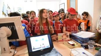 studenti in visita a Cronaca Flegrea