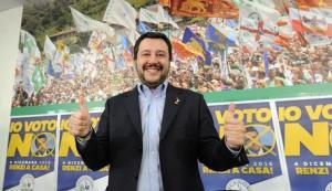 Salvini straparla e sogna la lira, Beppe Grillo delira e emana energia