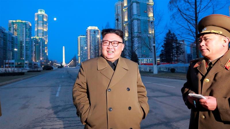 Corea, Cina, Usa rischio di guerra? Kim ha missili sempre più potenti...Kim in visita a impianti industriali