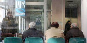 Pensioni minacciate da 48 deputat con 2 vitalizi a caccia di voti. Ma le elezioni...
