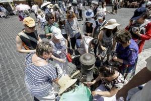 Emergenza siccità a Roma: il decalogo del Campidoglio per risparmiare acqua