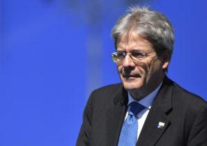 Gentiloni nuovo Andreotti, Di Maio non parla più come Bassolino?