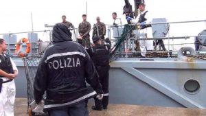 Terroristi e delinquenti. Indulto in Tunisia, ora vengono tutti in Italia. Repubblica contro Boldrini