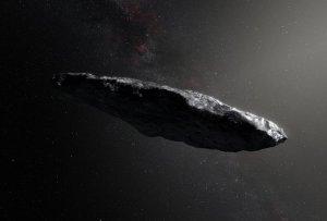 Oumuamua, avvistato asteroide interstellare: lungo e rossiccio ricorda quello di 2001 Odissea nello spazio