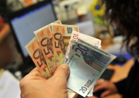 Bonifici fino a 15mila euro in soli 10 secondi: la novità