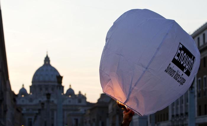 """Reggio Calabria, parroco sospeso, accusa: """"Rapporti con minorenni"""""""