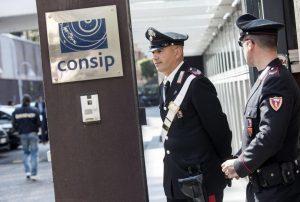 Inchiesta Consip, sospesi dal servizio i due carabinieri Sessa e Scafarto: accuse di depistaggio