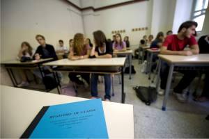 Scuola, sciopero 8 gennaio: per gli studenti vacanze più lunghe, prof a casa