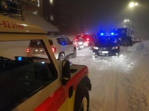 Ambulanza bloccata dalla neve, donna muore a bordo in provincia di Torino