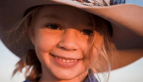 Australia, Dolly vittima di cyberbullismo si toglie la vita a 14 anni: era il volto di uno spot di cappelli
