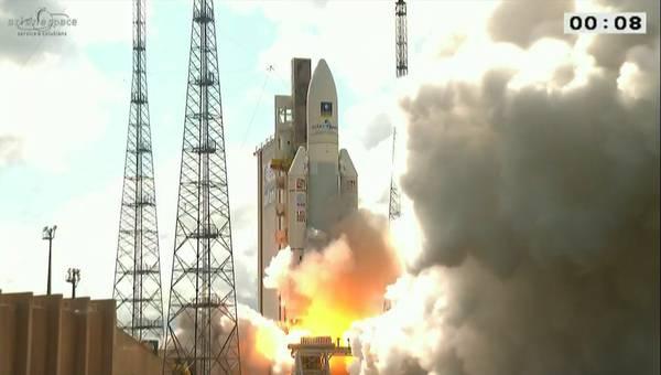 Ariane 5, perso il contatto con il razzo: i satelliti in orbita, forse nel posto sbagliato