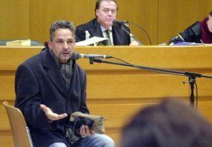 """Baggio cita per diffamazione animalisti, il giornalista risponde: """"Spero muoia mentre caccia"""""""