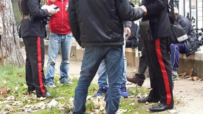 Treviso, coppia di anziani trovati morti in giardino: massacrati a colpi di pugnale