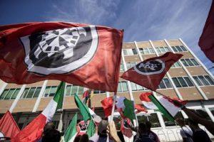 """Trento, bomba contro la sede Casapound: attacco firmato """"Unico voto utile antifascismo sempre"""""""