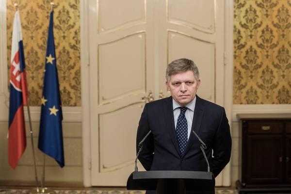Slovacchia, si dimette il premier Robert Fico: era nella bufera per l'omicidio del giornalista Kuciak