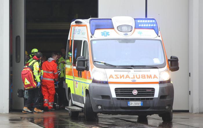 """Firenze, padre ubriaco picchia la figlia di 17 mesi: """"Non smetteva di piangere"""""""