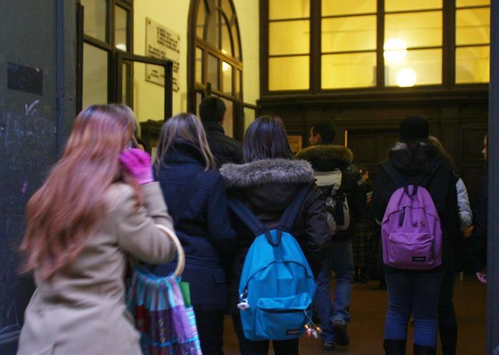 Bullismo, dopo Lucca un nuovo caso di minacce ad un professore a Velletri. A Chieti due minori condannati a restare a casa