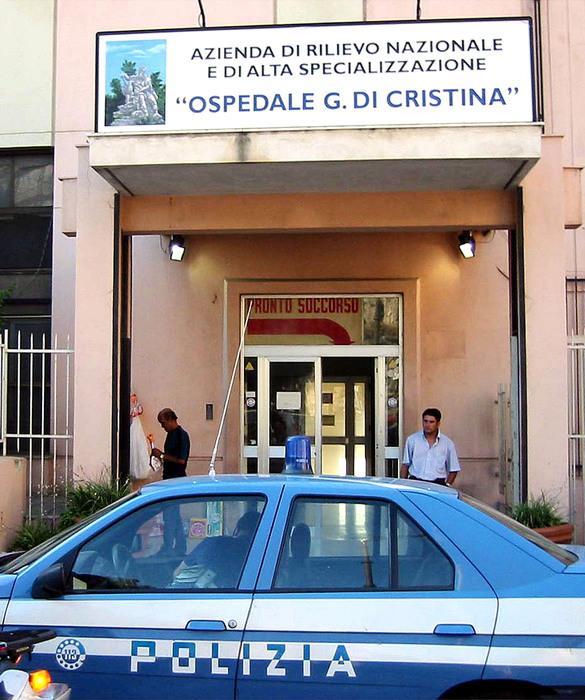 Palermo: neonato muore per un tumore, il padre aggredisce i medici. Terzo caso di violenza negli ospedali in due settimane