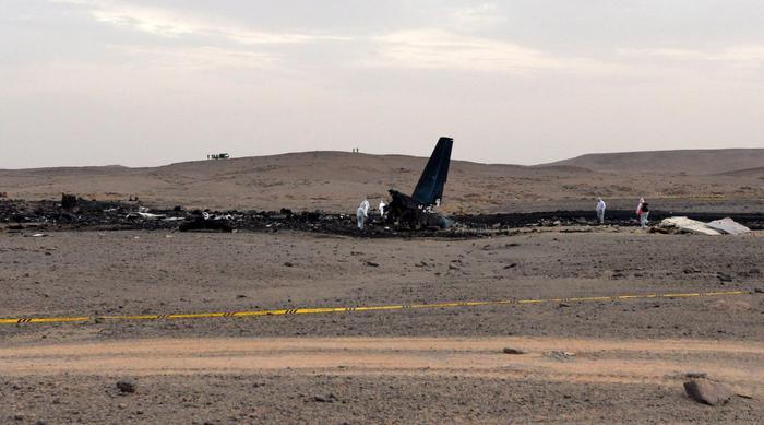 Algeria, si schianta aereo militare: 200 morti e nessun superstite