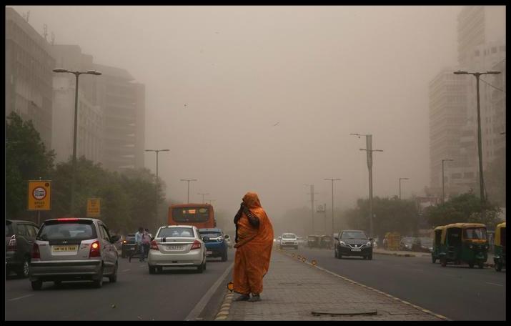 India, violenta tempesta di sabbia e pioggia nel nord del Paese: oltre 80 vittime e centinaia di feriti