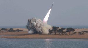 Armi nucleari, 13.000 ordigni in tutto il mondo: in pochi le possiedono ma nessuno vuole rinunciarci, neanche l'Italia