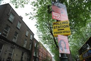 Aborto, L'Irlanda si divide per il voto: si vota sull'abrogazione ottavo emendamento che impedisce l'aborto in ogni sua forma