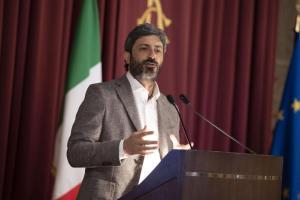 """Vitalizi, ex deputati contro i tagli di Fico: """"Chiederemo i danni"""". Di Maio: """"Ricorsi? Schiaffo alla miseria"""""""