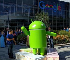 Ue, multa record da 4,3mld a Google per Android: 90 giorni per mettersi in regola