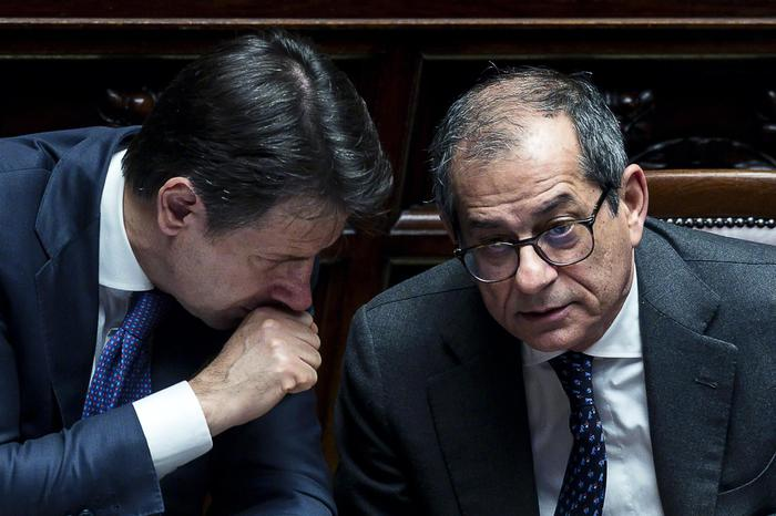"""Manovra, Conte: """"A Bruxelles non porto un libro dei sogni"""". Tria: """"E' possibile evitare la procedura di infrazione"""""""