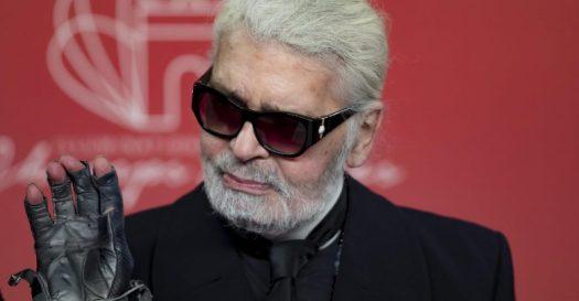 È morto Karl Lagerfeld, stilista di Chanel e Fendi. Il Kaiser delle passerelle aveva 85 anni