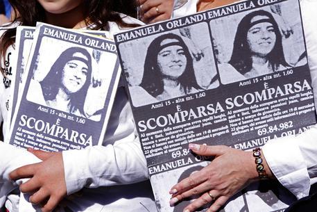 Emanuela Orlandi: Santa Sede, si studia la richiesta della famiglia di riaprire una tomba