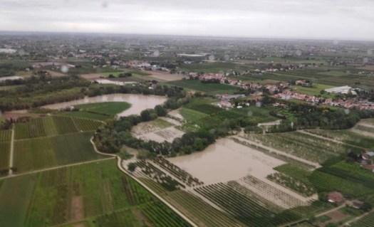 Maltempo Emilia Romagna: esonda il Savio. Interrotta la linea ferroviaria Bologna-Rimini