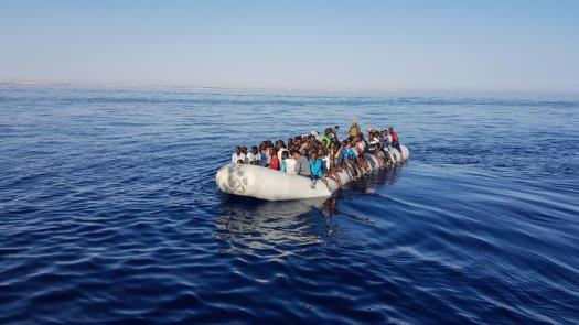 """Migranti, allarme Unhcr: """"Naufragio al largo della Libia, 150 morti, 150 soccorsi"""""""