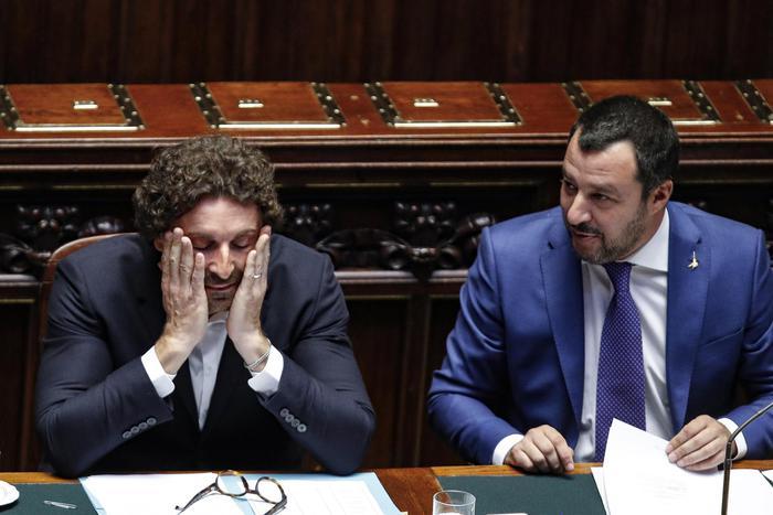 """Toninelli: """"Salvini nano sulle spalle di giganti che lavorano"""". Antipasto crisi sulla Tav"""
