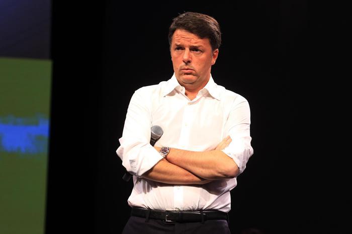 Renzi lascia il Pd. Chi sono i 30 parlamentari che lo seguono: da Bellanova a Boschi, Giachetti…