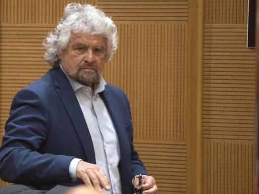 Elezioni Umbria, M5s perde la testa sui social. Grillo cancella il tweet, Giarrusso insulta i suoi