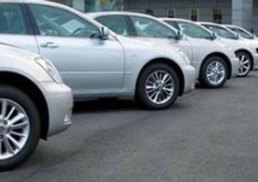 Auto aziendali, si cambia ancora: per elettriche o ibride la tassa resta come ora (30%)