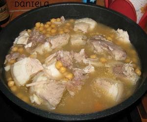 Ricette per il Dì di mort: la minestra di ceci e tempia di maiale