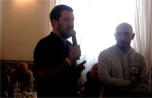salvinimorelligazzada Matteo Salvini al diciottesimo di Radio Padania libera festa della donna Lifestyle Magazine