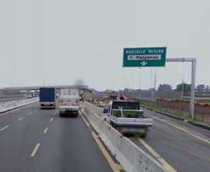 Ritrovata sospetta bomba sull'autostrada. Nessun pericolo