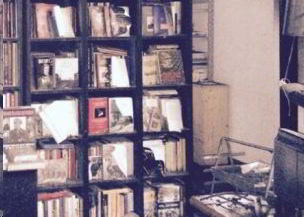 Bruciano la casa editrice Ritter. 3 attentati nella notte a Milano