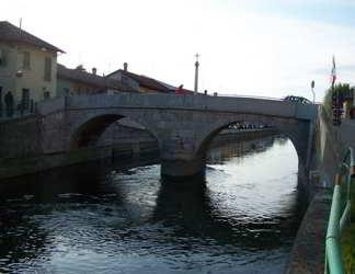 Idrocarburi nel Naviglio da Boffalora arrivano a Milano