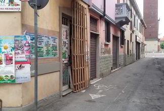 ossona-alfonso-e1439715419886 Ladri sfondano le vetrine di negozi di notte a Ossona Piazza Litta Prima Pagina