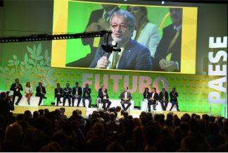 robertomaronicoldiretti-324x217 TTIP e agroalimentare. Una fregatura Politica Prima Pagina