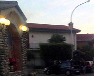 ossonainseguimento-324x262 Inseguimento carabinieri tra le vie Toscana e 24 maggio Piazza Litta (Ossona) Prima Pagina