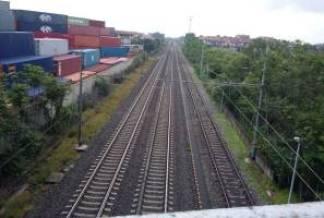 ferrovia-324x218 Tangenti ferrovie. Nessun dirigente FNM fra gli arrestati Piazza Litta Prima Pagina